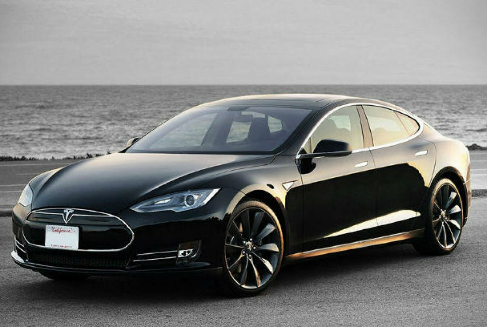 Tesla Model S - S for POWER.