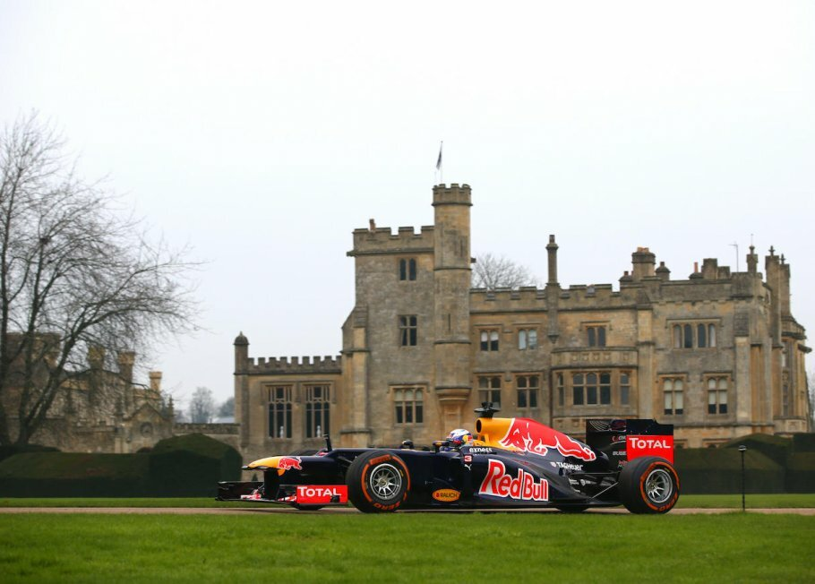 Red Bulls F1-racer wrestler et rugby-hold.